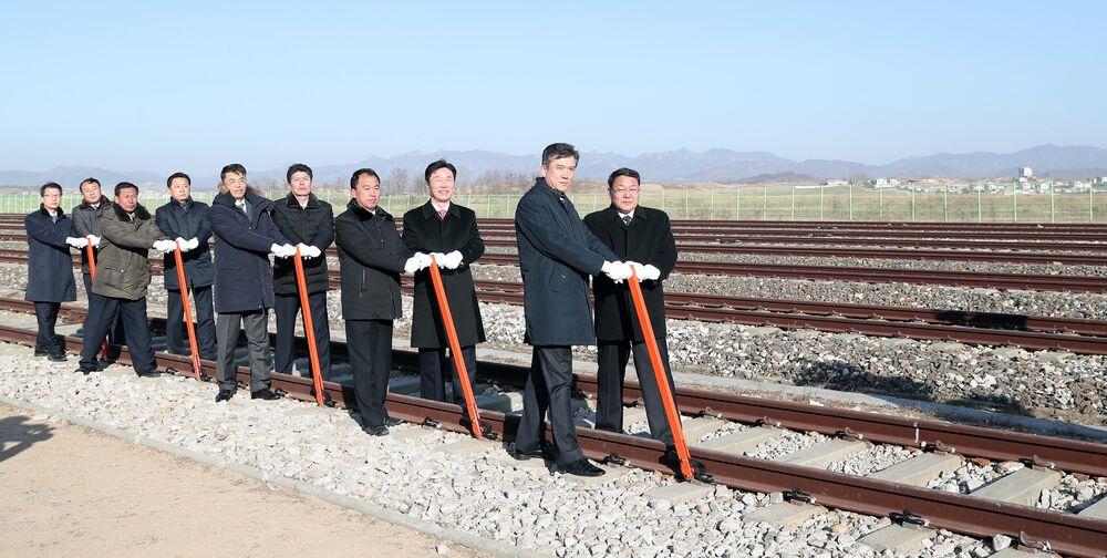 Koreler ulaştırma projeleri için temel atma töreni düzenledi