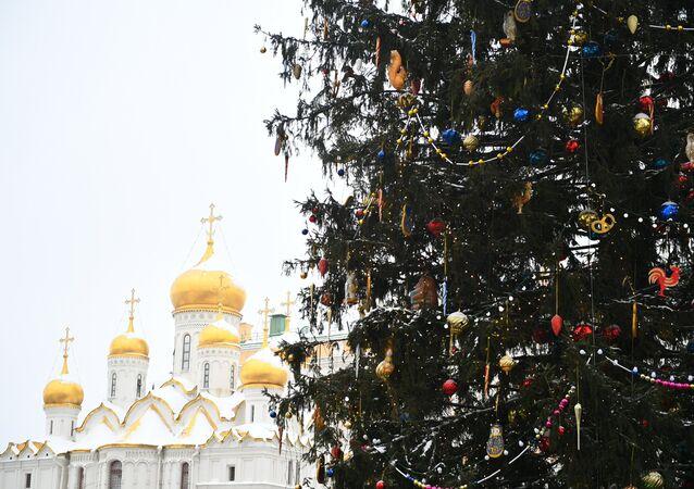 Rusya- Yılbaşı- Noel- Çam ağacı