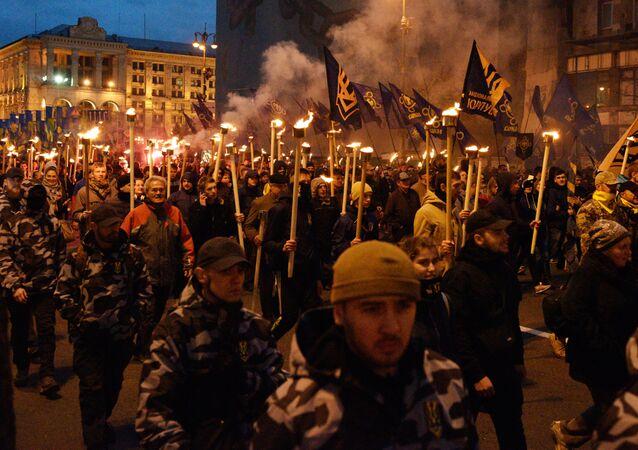Ukrayna'da milliyetçilerin yürüyüşü