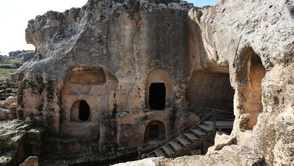 Diyarbakır'ın Ergani İlçesi'nde bulunan Hilar Mağaraları - Sputnik Türkiye
