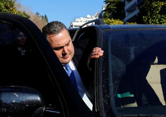 Yunanistan Savunma Bakanı ve hükümetin küçük ortağı Bağımsız Yunanlar (ANEL) partisi Başkanı Panos Kammenos