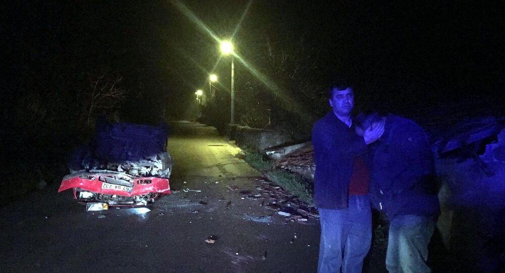 Kaza yapan alkollü sürücü, eniştesine sarılıp 'Keşke ölseydim' diye ağladı