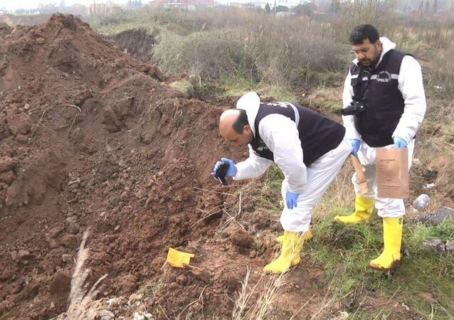 'Palu ailesi' olayı kapsamında yapılan kazı çalışmalarında bir kemik bulundu