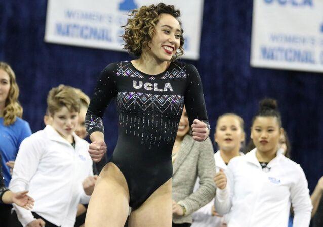Kaliforniya Üniversitesi'nden (UCLA) jimnastikçi Katelyn Ohashi