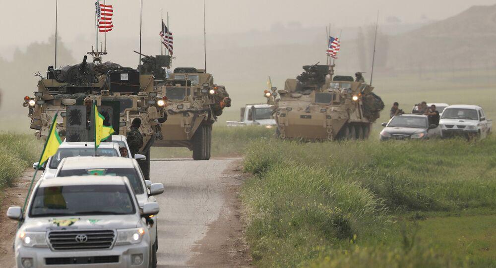 YPG, DSG ile birlikte devriye gezen ABD güçleri