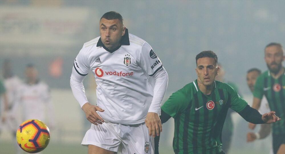 Beşiktaş, ligin ikinci yarısına galibiyetle başladı: Akhisarspor'dan kural hatası