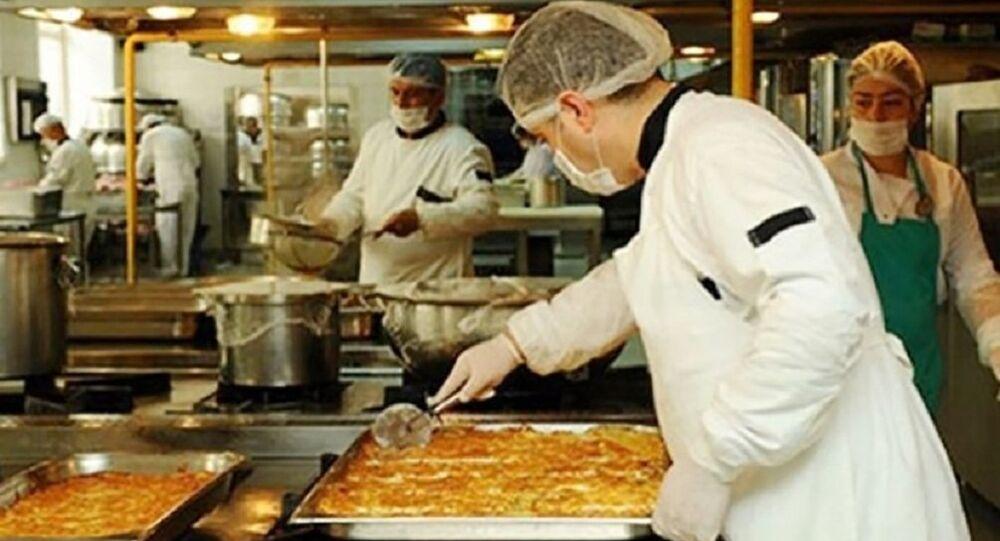 Meclis'in aşçısı önerge yazınca AK Partililer: Yemeklerin de bu kadar iyi olsaydı çoktan kadroyu almıştın