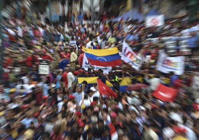 Nicolas Maduro destekçileri