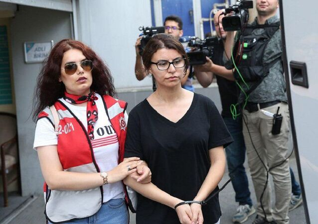 Adnan Oktar'ın avukatı Gülcan Karakaş
