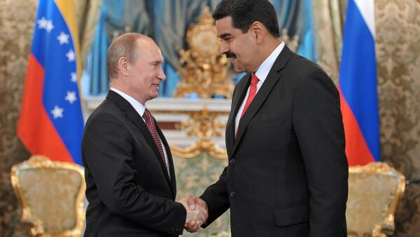 Venezüella Devlet Başkanı Nicolas Maduro ve Rusya Devlet Başkanı Vladimir Putin - Sputnik Türkiye