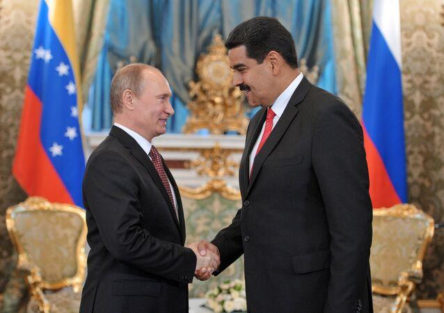 Venezüella Devlet Başkanı Nicolas Maduro ve Rusya Devlet Başkanı Vladimir Putin