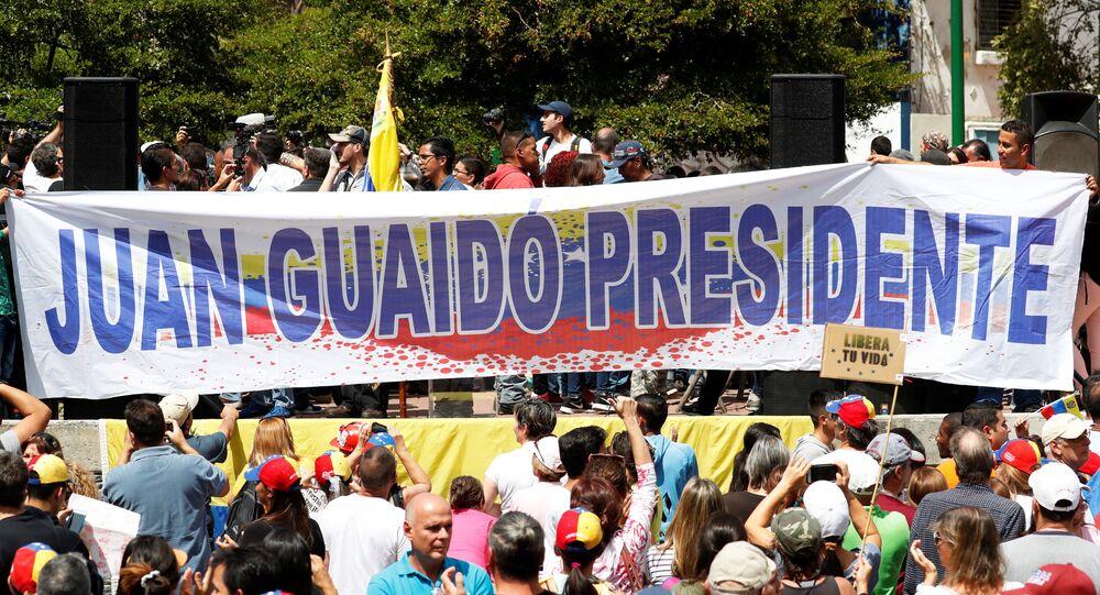 Venezüella'da Guaido destekçileri