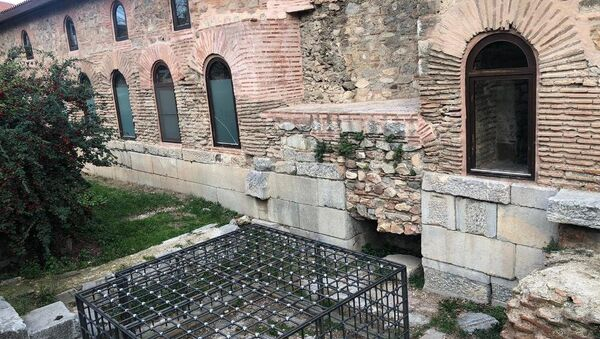 Demir kafesle 'korunan' Bizans mozaiği - Sputnik Türkiye