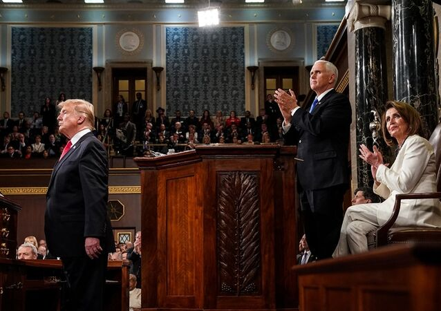 Donald Trump, Mike Pence ve Nancy Pelosi