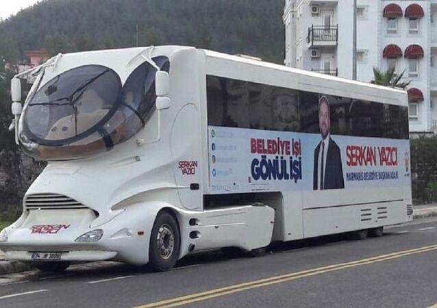 Serkan Yazıcı, seçim otobüsü