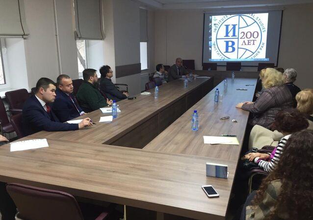 Kuzey Kıbrıs konulu yuvarlak masa toplantısı