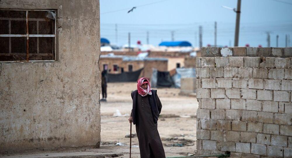 Haseke kentindeki El Hol kampı
