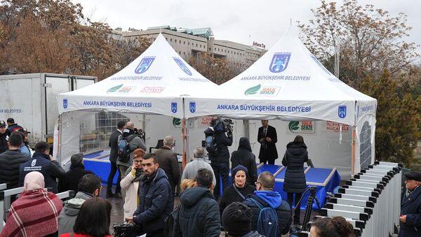 Ankara'da kurulan ilk sebze, meyve satışı yapacağı tanzim satış çadırı - Sputnik Türkiye
