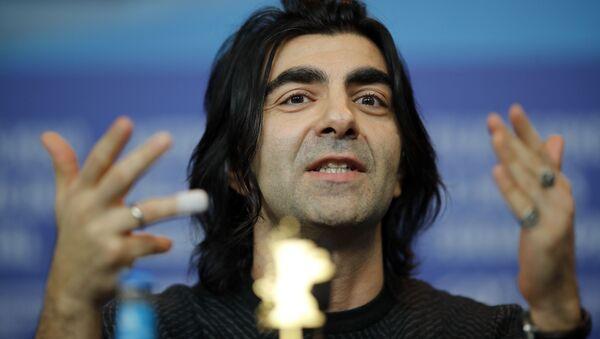 Senarist, yönetmen, yapımcı Fatih Akın, basın toplantısıyla 69'uncu Berlinale'de yarışan Der Goldene Handschuh (The Golden Glove/Altın Eldiven) filmini tanıttı. - Sputnik Türkiye