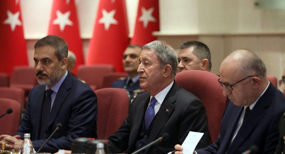 Milli Savunma Bakanı Hulusi Akar ile Rusya Savunma Bakanı Sergey Şoygu