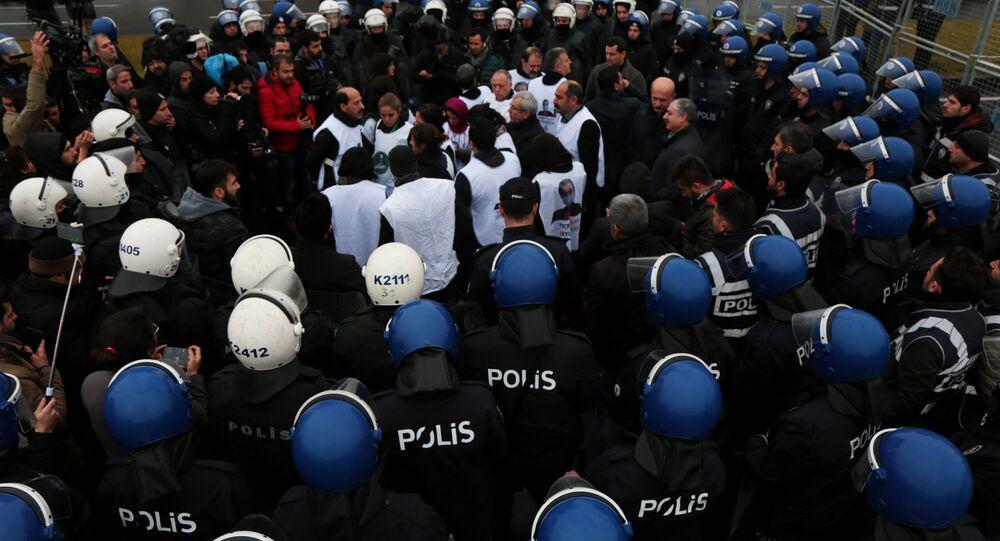 Diyarbakır'da Leyla Güven için yürüyüş gerginliği