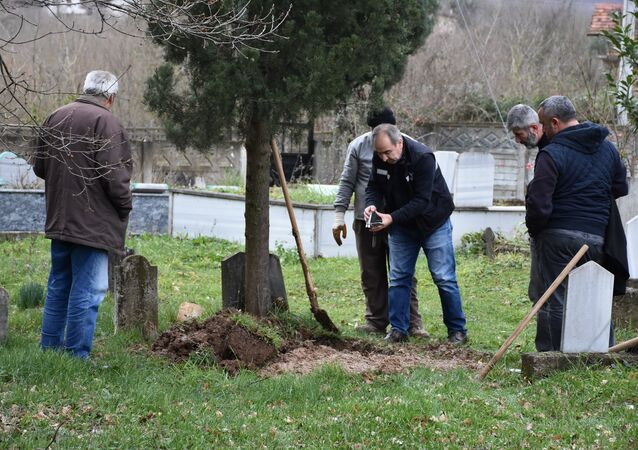 40 yıllık şüphe mezar açtırdı - Sakarya