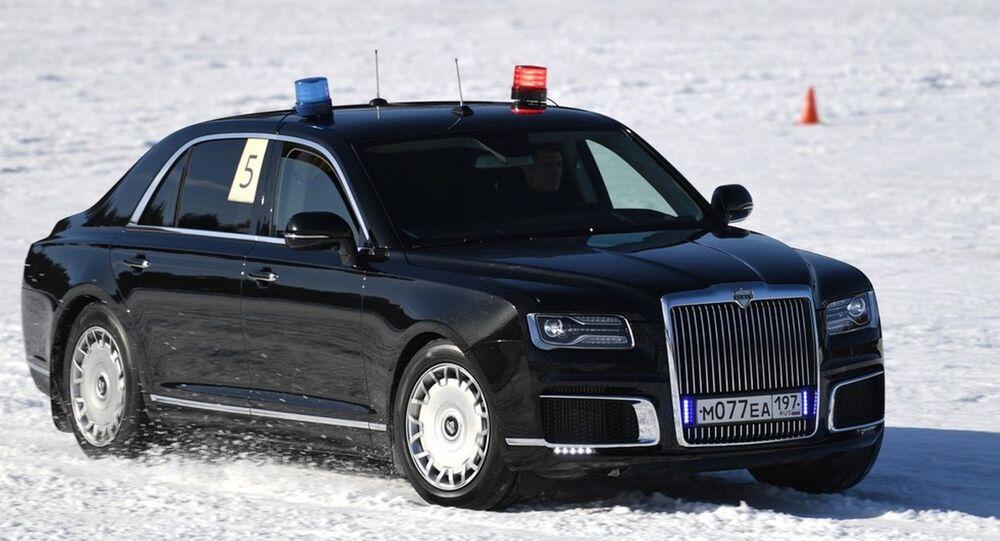 'Putin'in arabaları' karlı arazide yarıştı