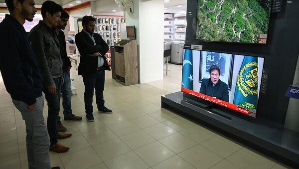 Pakistan Başbakanı İmran Han, Keşmir saldırısının ardından konuştu - Sputnik Türkiye