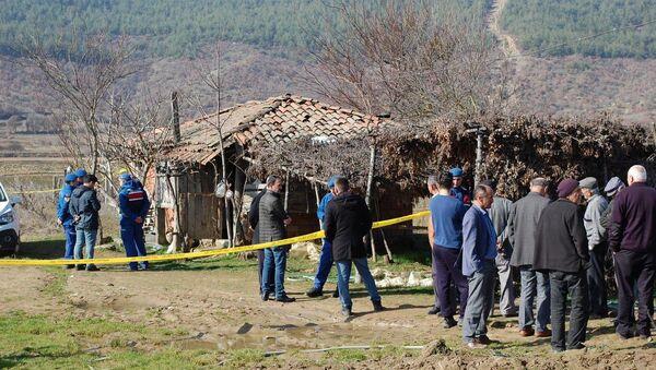 İmam ve eşi, ahırda ayakları bağlı tüfekle vurulmuş olarak ölü bulundu - Sputnik Türkiye