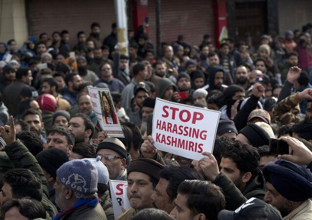 Cammu Keşmir saldırısının ardından Keşmirliler kendilerine yönelen tehditleri protesto etti
