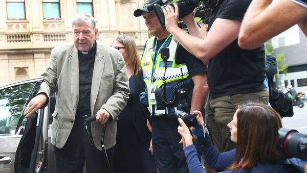 Avustralya Kardinali george Pell iki çocuğa cinsel tacizden suçlu bulundu - Sputnik Türkiye