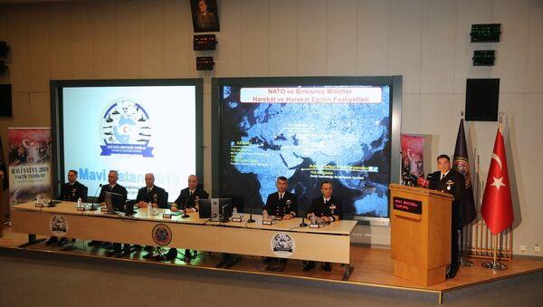 Deniz Kuvvetleri Komutanlığı tarafından Cumhuriyet tarihinde ilk defa Türkiye'yi çevreleyen üç denizde 103 geminin katılımıyla eş zamanlı gerçekleştirilecek Mavi Vatan 2019 Tatbikatı yarın başlayacak. - Sputnik Türkiye