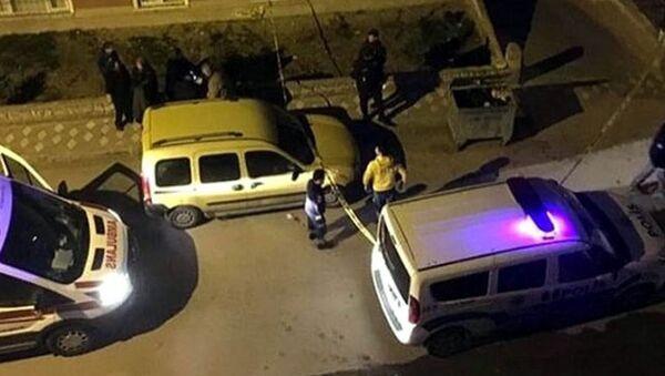 Ankara'nın Etimesgut ilçesinde, çöp konteynerinde bebek cesedi bulundu - Sputnik Türkiye