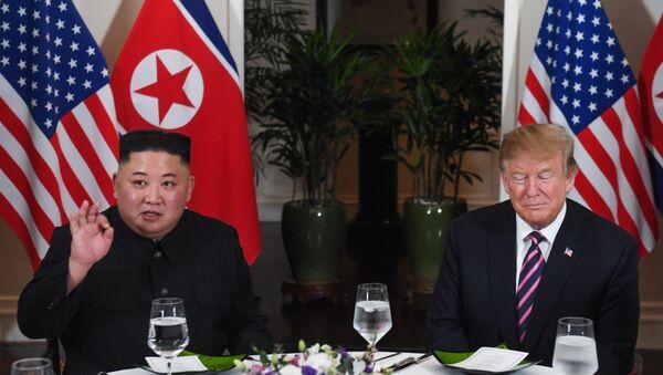 Kuzey Kore lideri Kim Jong-un- ABD Başkanı Donald Trump - Sputnik Türkiye