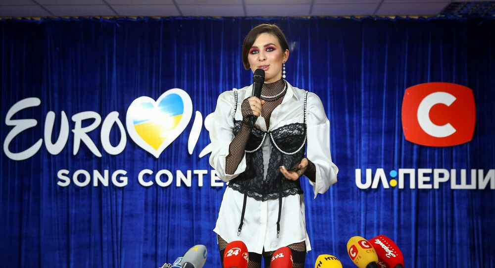 Maruv adıyla bilinen Ukraynalı şarkıcı Anna Korsun