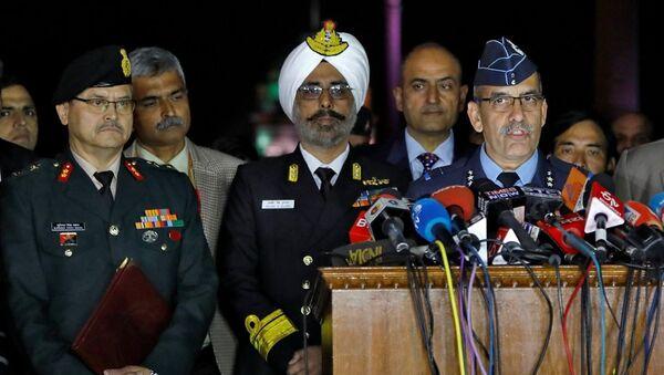 Hindistan Hava Kuvvetleri Sözcüsü Tümgeneral RGK Kapoor - Sputnik Türkiye
