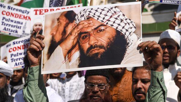 Cammu Keşmir saldırısını üstlenen Ceyş-i Muhammed örgütünün kurucusu ve lideri Mesud Azhar Hindistan'da protesto edildi - Sputnik Türkiye