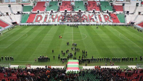 TFF 2. Lig Beyaz Grup'ta Amedspor ve Sakaryaspor, Diyarbakır Yeni Stadı'nda karşılaştı - Sputnik Türkiye