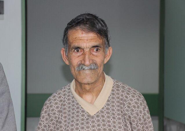 Trabzon'da geçirdiği felç sonucu Öldü denilen ve memleketi Ağrı'da cenaze hazırlıkları yapılan 66 yaşındaki Zeki Yıldız