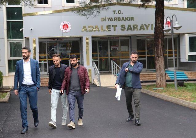 TFF 2. Lig Beyaz Grup'ta hafta sonu oynanan Amedspor-Sakaryaspor maçının ardından Sakaryasporlu 4 futbolcunun şikayeti üzerine hakkında soruşturma başlatılan rakip takımın futbolcusu Mansur Çalar