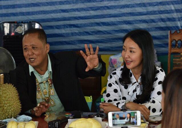 Taylandlı iş adamı kızına eş bulmak için yarışma düzenleyecek