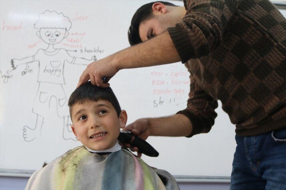Berber - tıraş -çocuk - çocuk tıraşı