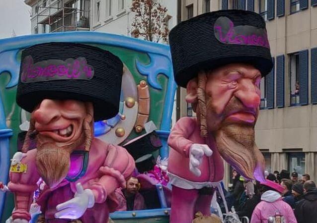 Aalst Karnavalı'nda tartışma yaratan ultra Ortodoks Yahudi tasviri