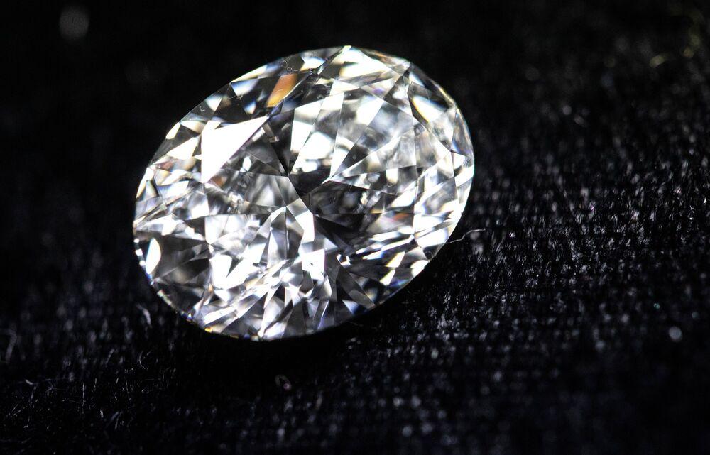Yakutistan'ın elmasları,  dünyanın en kaliteli elmaslarından biri olarak kabul ediliyor.