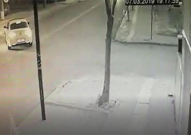 Menderes Türel'in eşi trafik kazası geçirdi