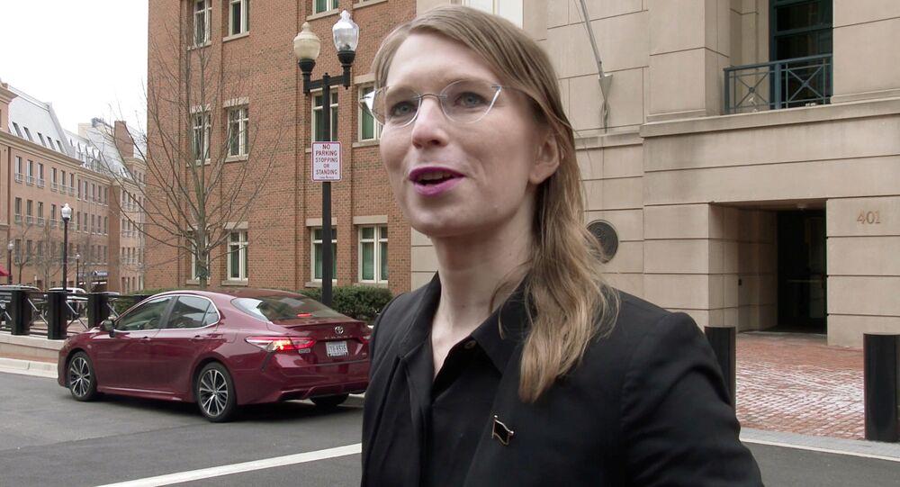 ABD'nin askeri ve diplomatik sırlarını 2010 yılında WikiLeaks ile paylaşan eski ordu istihbarat analisti Chelsea Manning