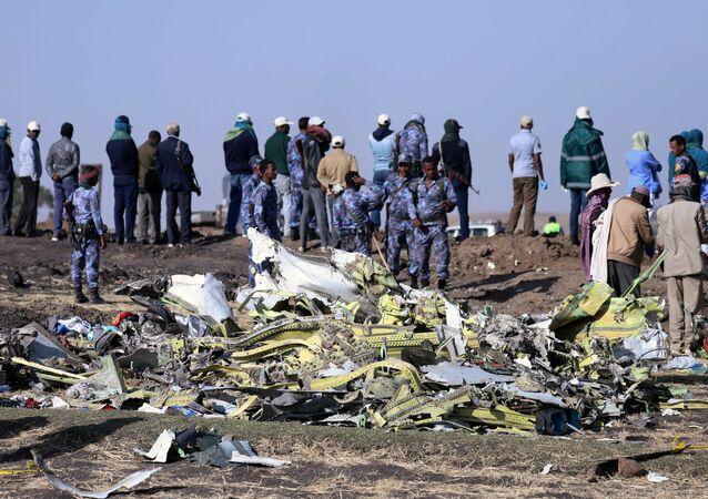 Etiyopya Havayollarına ait Nairobi-Addis Ababa seferini yapan Boeing 737 Max 8 tipi yolcu uçağı düştü