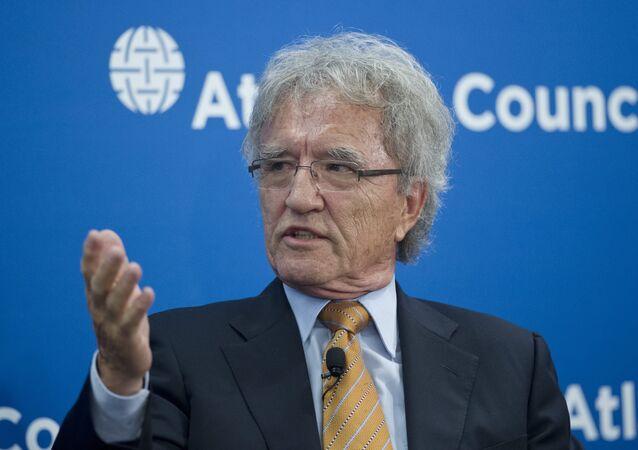 Alman politikacı 21. yüzyılın başında Avrupa'nın Rusya'ya nasıl ihanet ettiğini anlattı