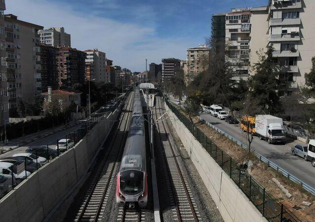 Gebze-Halkalı demir yolu hattı