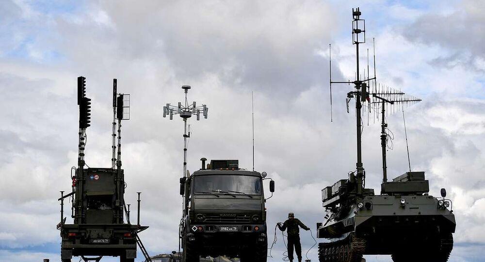 İsveçli uzman: Rusya, Batı'nın askeri teknolojilerine ayak uyduramıyor